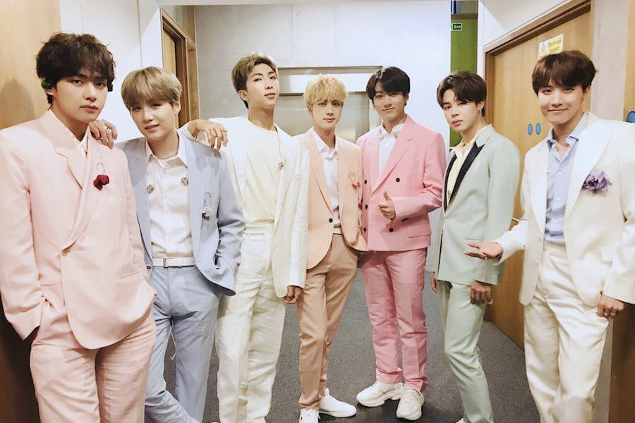 Watch Bts Shines With Boy With Luv Performance On Britain S