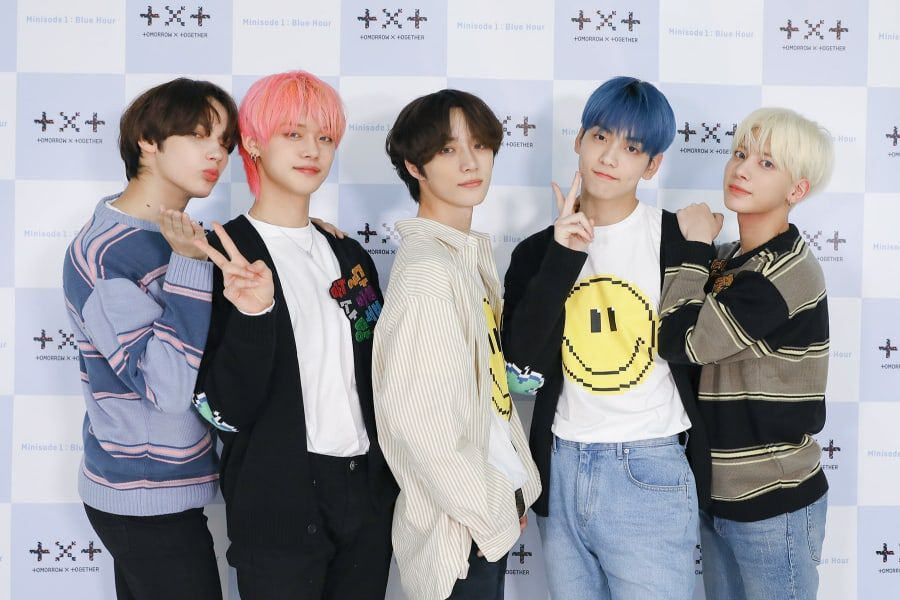 """TXT Tops iTunes Charts Around The Globe With """"minisode1 : Blue Hour"""""""