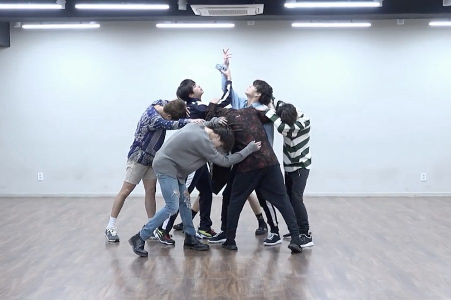 Download video bts fake love mirrored dance practice mp4