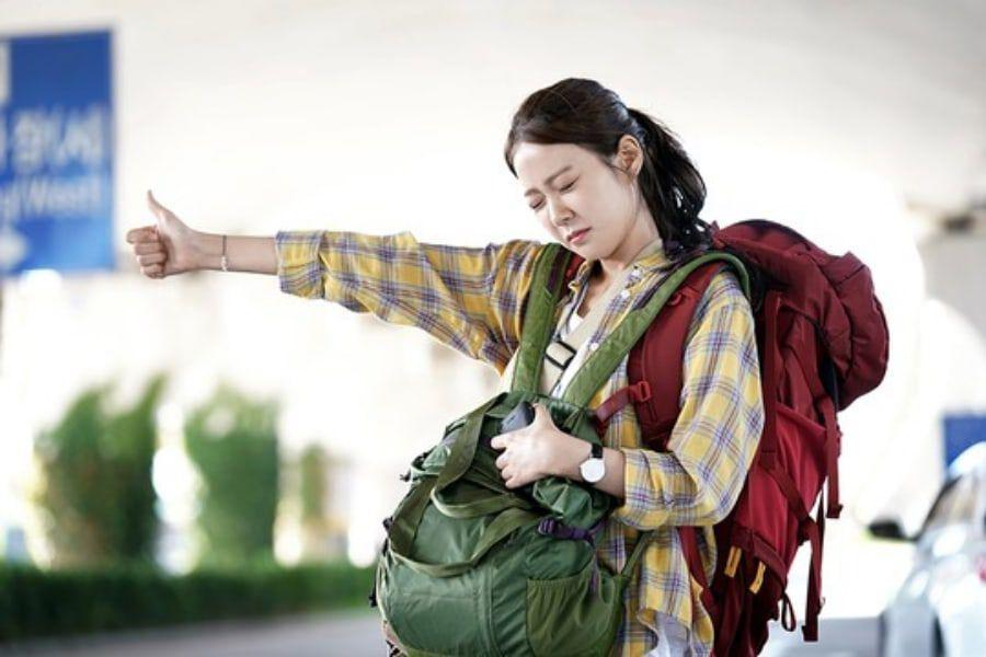 """Han Seung Yeon Compares Her """"12 Nights"""" Character To Herself"""