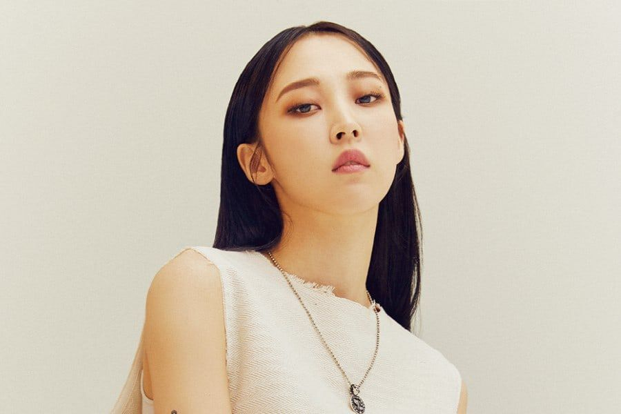 MAMAMOO's Moonbyul Shares Thoughts On Promoting Solo And Taking On New Challenges