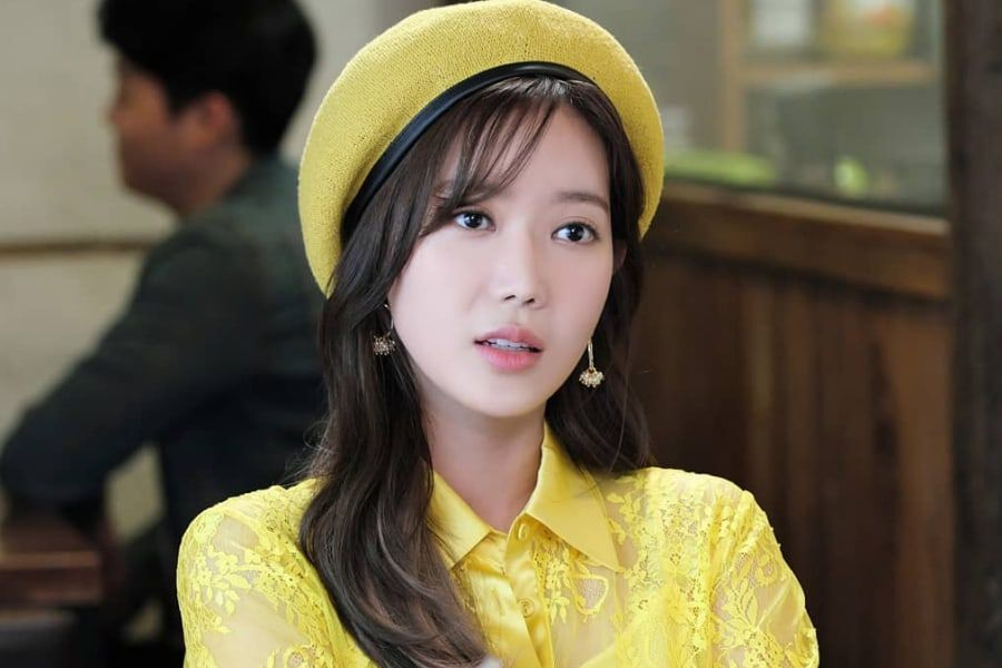 "Im Soo Hyang Transforms Into A Beautiful, Brainy Heiress In ""Graceful Family"""