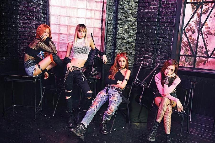 "BLACKPINK's ""BOOMBAYAH"" Becomes 1st K-Pop Debut MV To Reach 900 Million Views"
