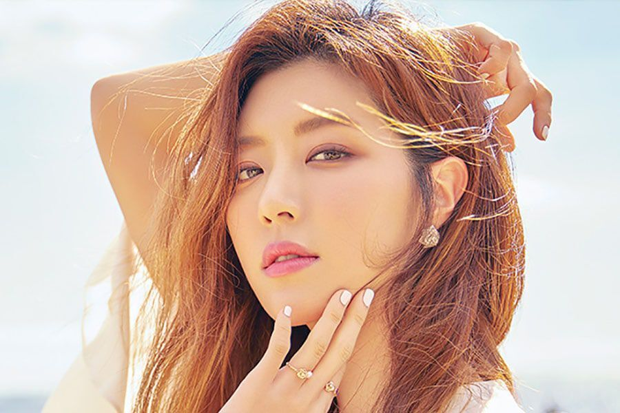 Park Han Byul Directly Speaks Up And Apologizes About Controversies Involving Her Husband