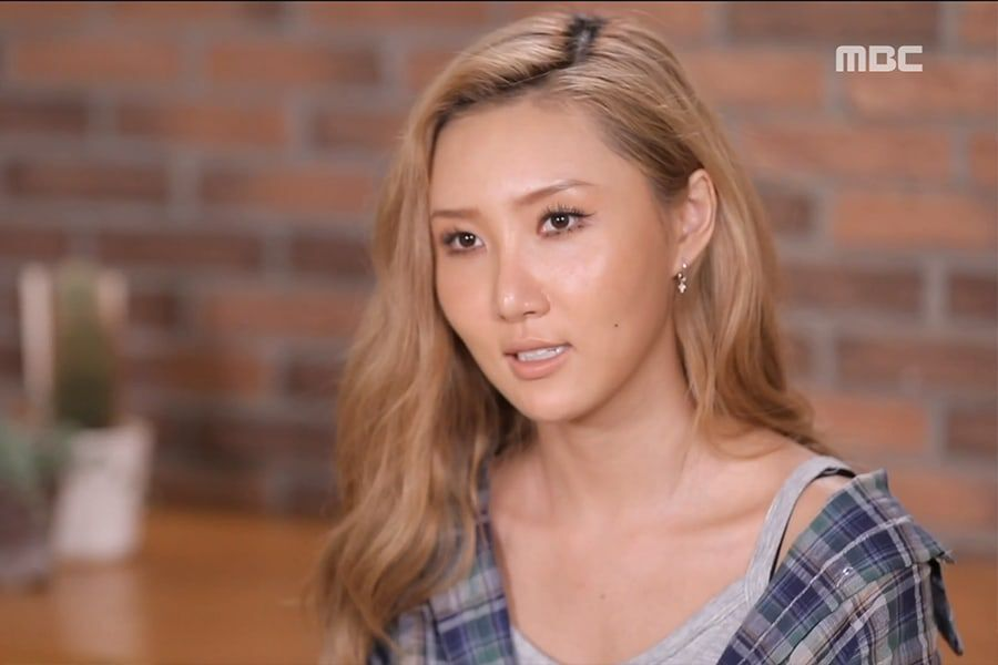 "MAMAMOO's Hwasa Buys New Car And Shares Story About Driving On ""I Live Alone"""
