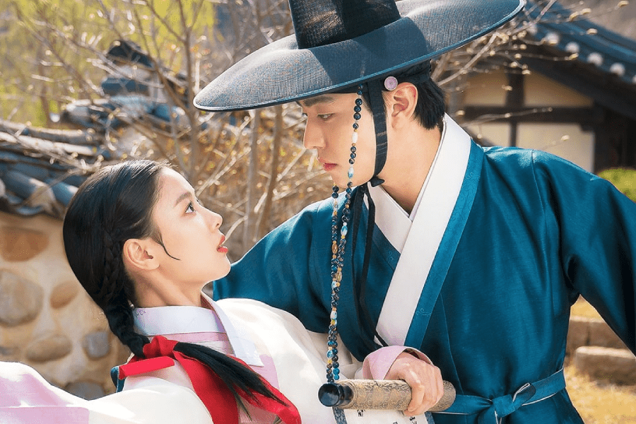 """4 Moments We Loved From Episodes 3-4 Of """"Lovers Of The Red Sky"""""""