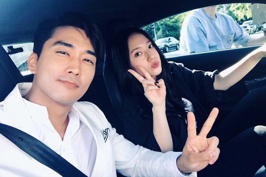 "Song Seung Heon Thanks f(x)'s Krystal For Sending Support To Set Of ""The Great Show"""