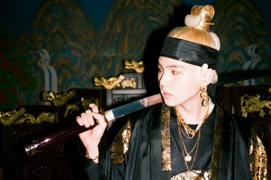 Btss Suga Sweeps Itunes Charts Around The World In His Return As
