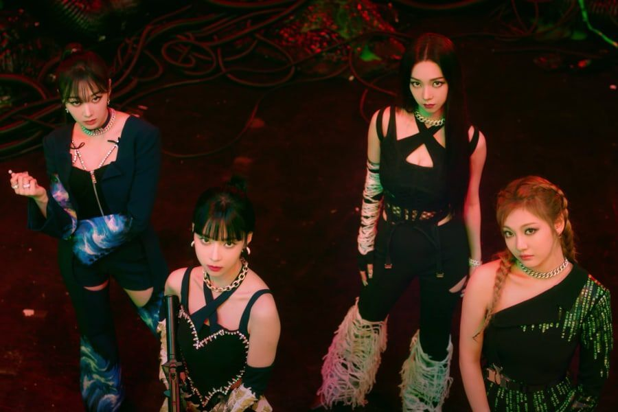 """Watch: aespa Turns Into """"Savage"""" Warriors To Fight Against Evil In Badass  Comeback MV   Soompi"""