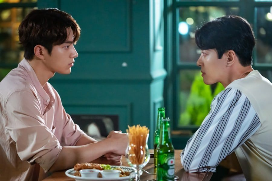 "Lee Dong Gun And INFINITE's L Have A Tense Confrontation In ""Angel's Last Mission: Love"""