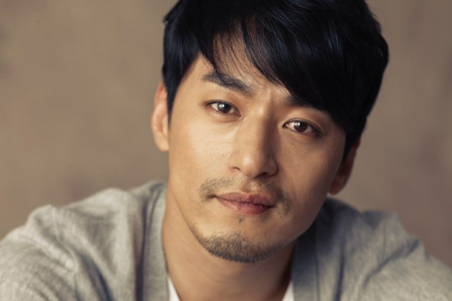 Joo Jin Mo Explains Why He Didn't Pay Hackers + Claims Text Messages Were Partially Fabricated