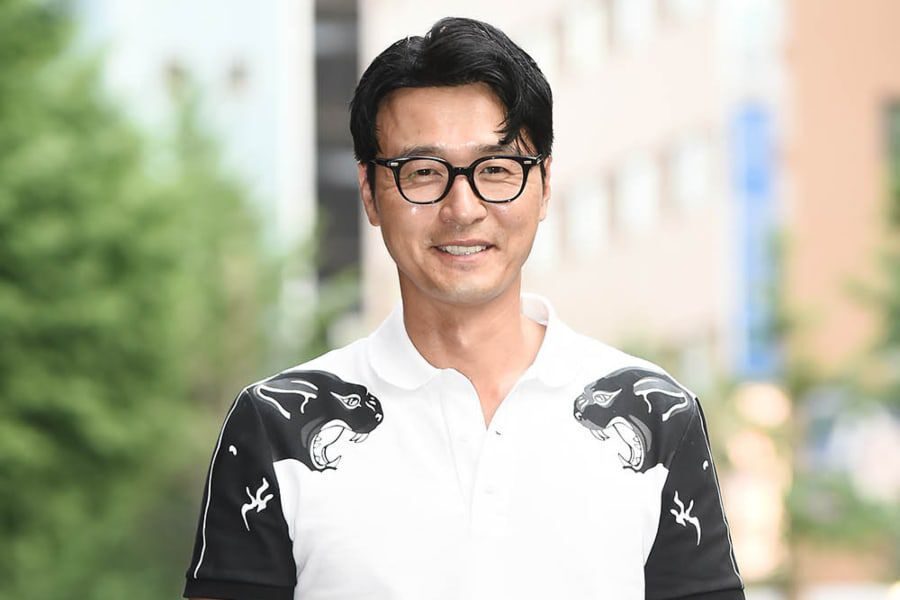 Actor Lee Sung Jae To Become A Grandfather At The Age Of 49