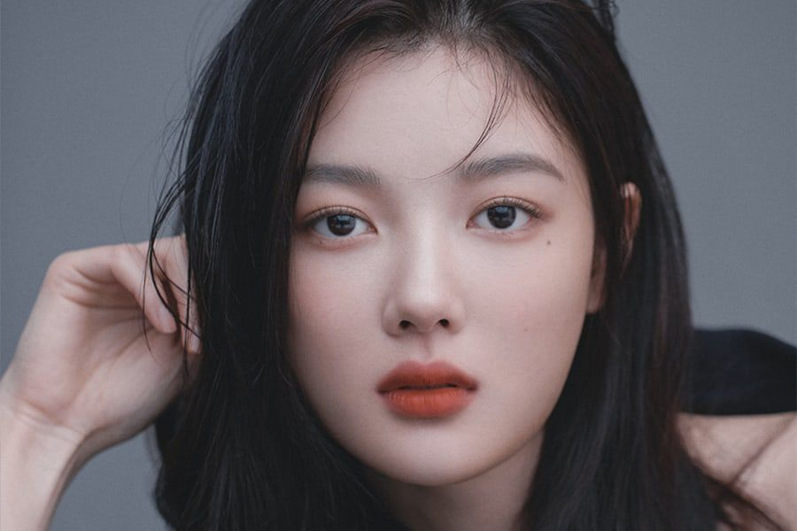 Kim Yoo Jung Is Stunning In Profile Photos From New Agency   Soompi
