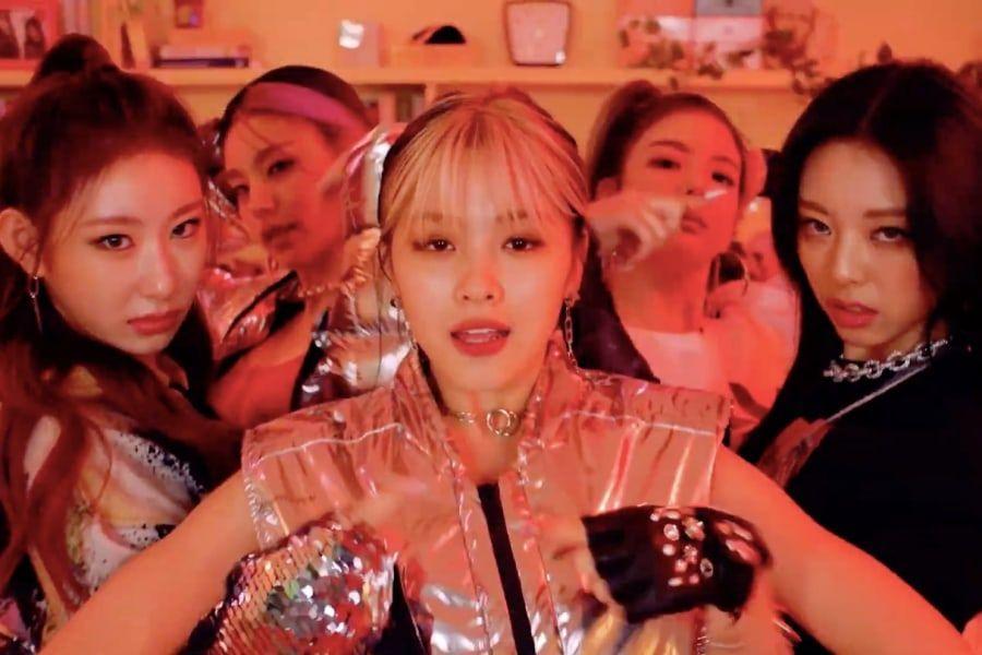 "Watch: ITZY Is Ready To ""SWIPE"" You Off The Screen In Fun New MV"