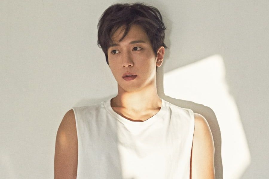 Cnblue S Jung Yong Hwa Makes Donation In Support Of Children With Disabilities Soompi