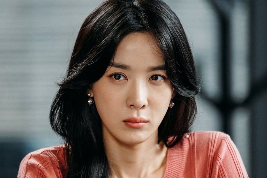 Lee Chung Ah's Agency To Take Legal Action Against Rumors Connecting Her To Jung Joon Young's Group Chatroom
