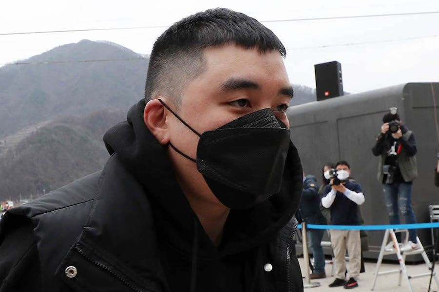 Prosecution Requests 5-Year Prison Sentence For Seungri