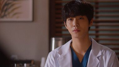 Dr. Romantic 2 Episode 11