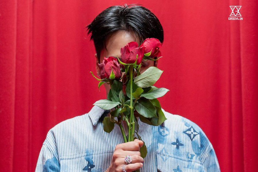 """Update: VIXX's Ravi Drops Romantic Teaser Images For Comeback With """"ROSES"""""""