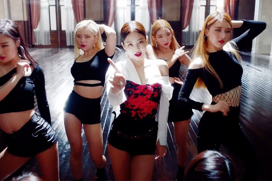 Fan rần rần trước video Jennie nhảy Solo trên nền nhạc Gashina khớp đến từng chi tiết