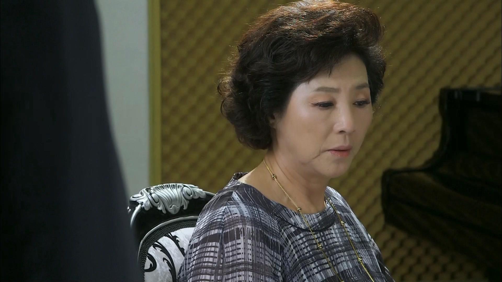 Hyung Sik's Sweet Kiss: High Society