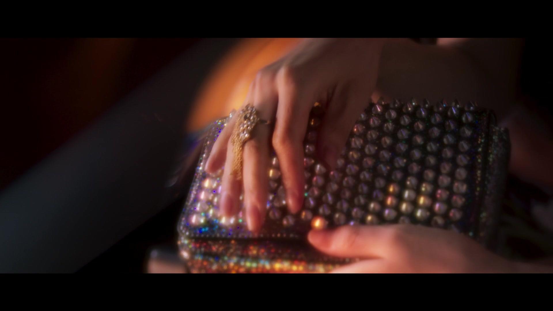 Trailer 1: Big Issue