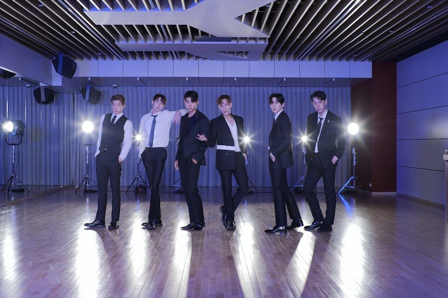 """Watch: 2PM Unveils Sleek Moves And Suits In """"Make It"""" Dance Practice Video"""