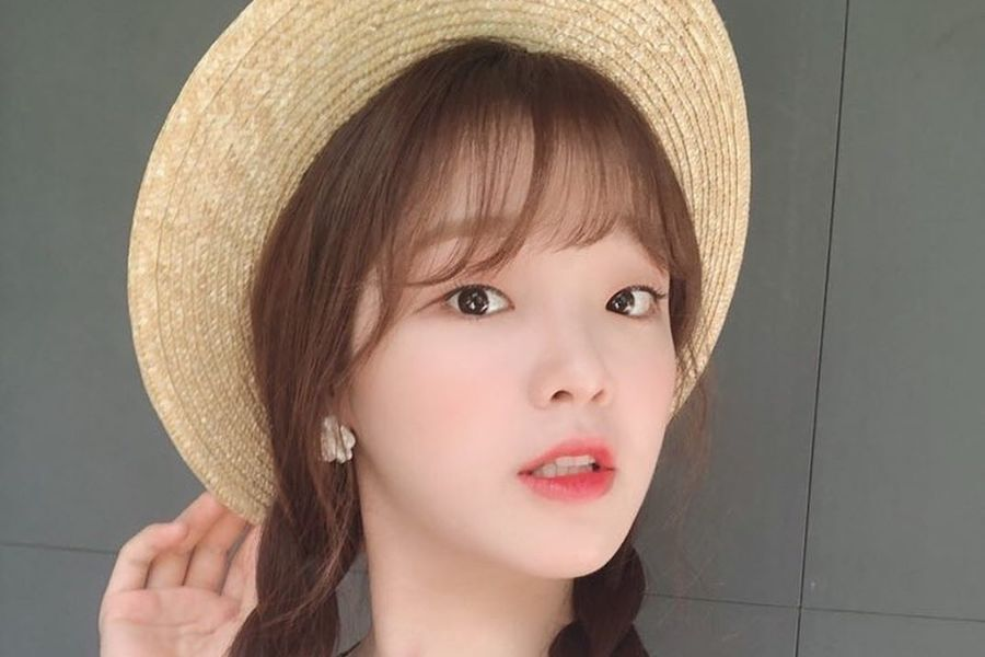 Oh My Girl's Seunghee Responds To Malicious Comments About Her Appearance And Friends