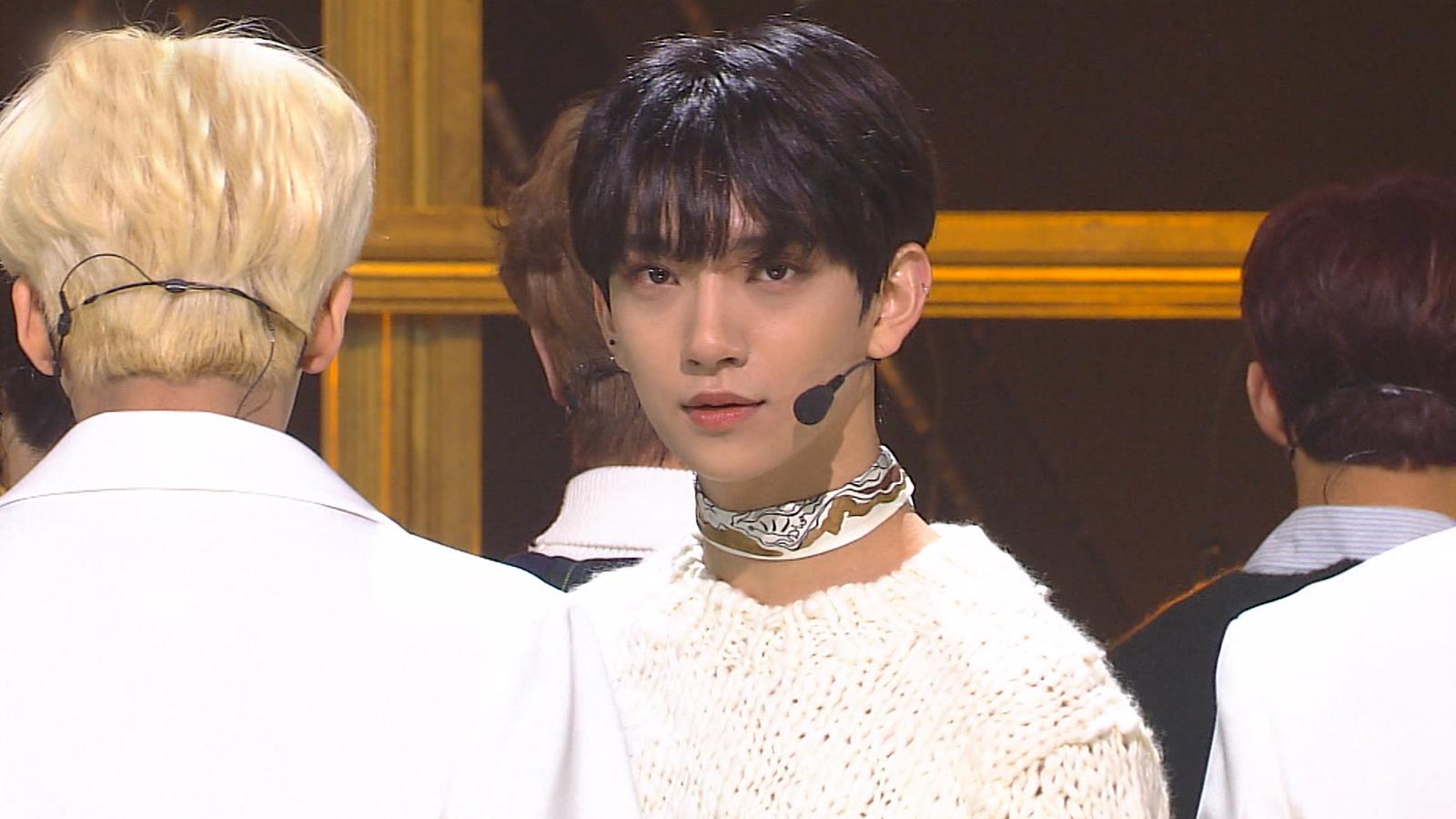 SBS Inkigayo Episode 990