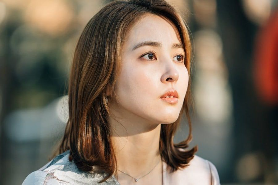 Actress Han Hye Jin Fined For Breach Of Contract + Agency