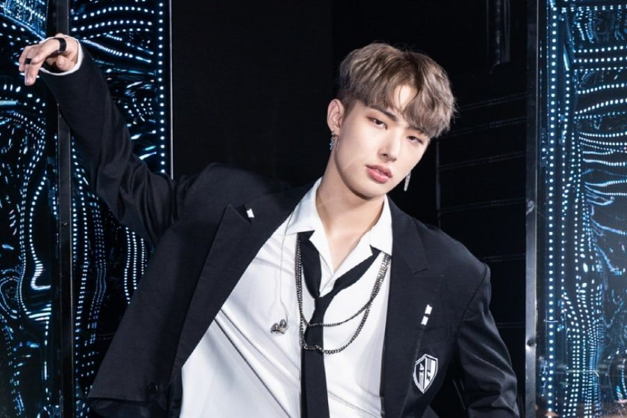 """ATEEZ's Mingi Chats With Fans For 1st Time Since Returning From Hiatus + Talks About """"Kingdom"""" And """"Imitation"""""""