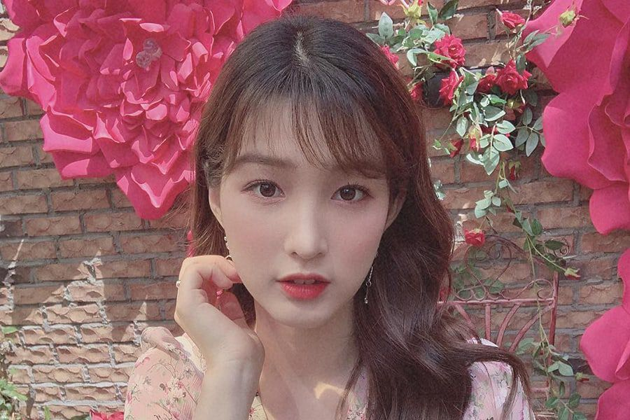 Yulhee Calls Out Person Pretending To Be Her Acquaintance On Social Media