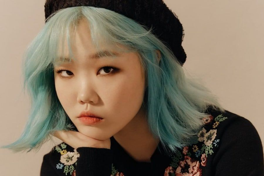 "Lee Suhyun Compares Her Solo Music To AKMU's, Describes Message Behind "" Alien,"" And More 