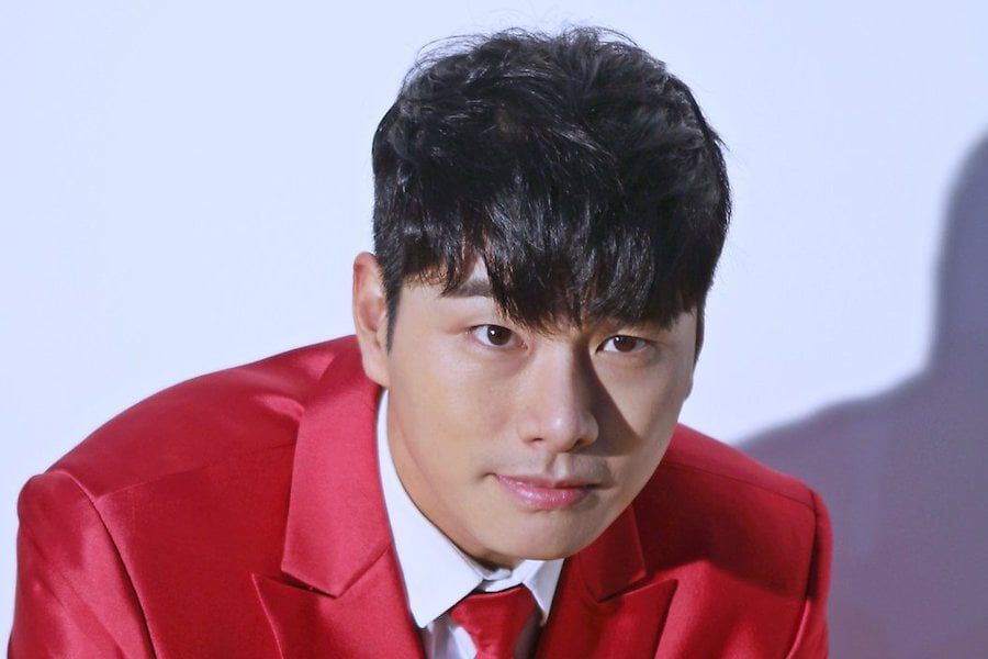 Lee Yi Kyung Revealed To Have Helped Save A Civilian's Life
