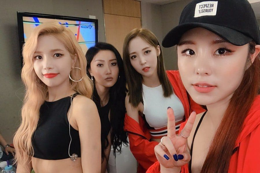 MAMAMOO Shares Behind-The-Scenes Stories From Filming Latest