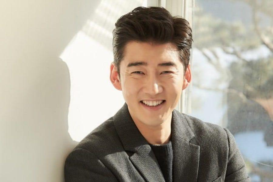 Yoon Kye Sang Reveals His New ...
