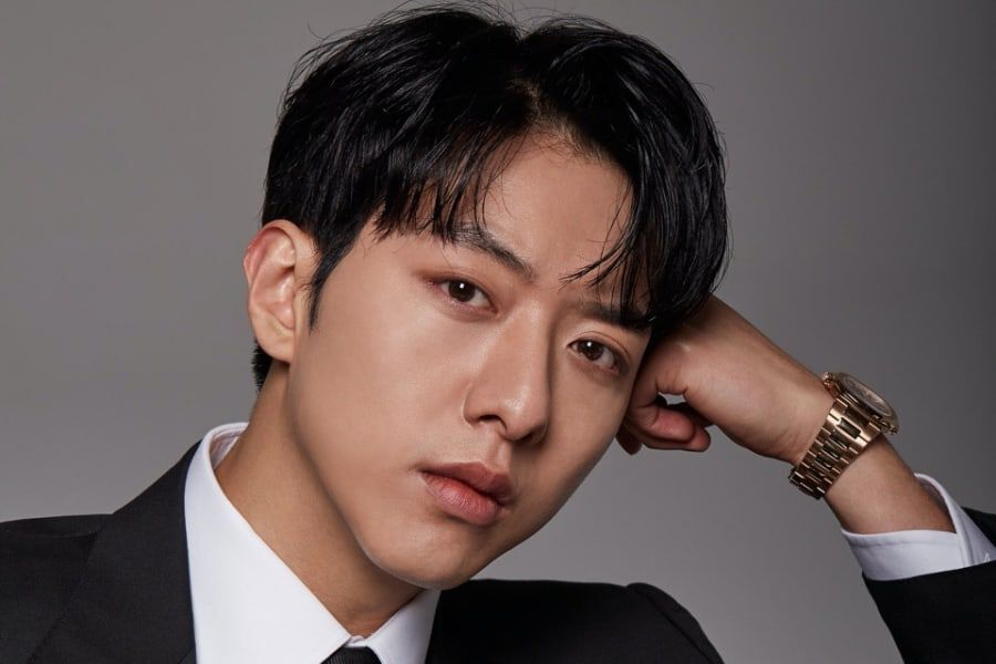 CNBLUE's Lee Jung Shin's Father Passes Away