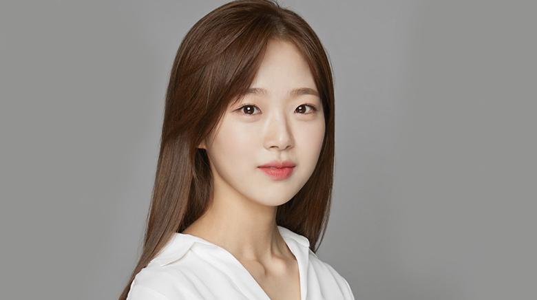Kim Shi Eun