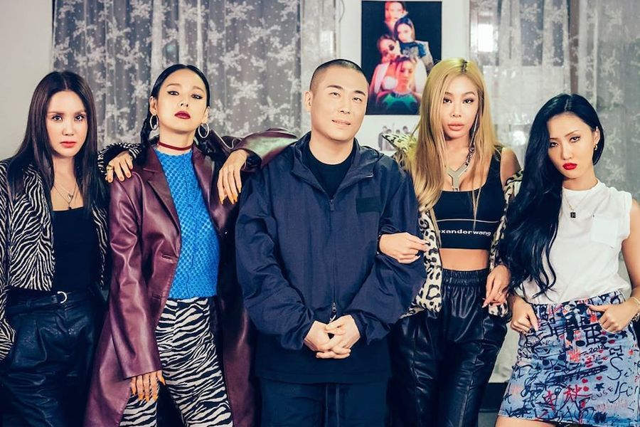 """Refund Sisters' Debut Track """"Don't Touch Me"""" Ranks High On Realtime Charts  