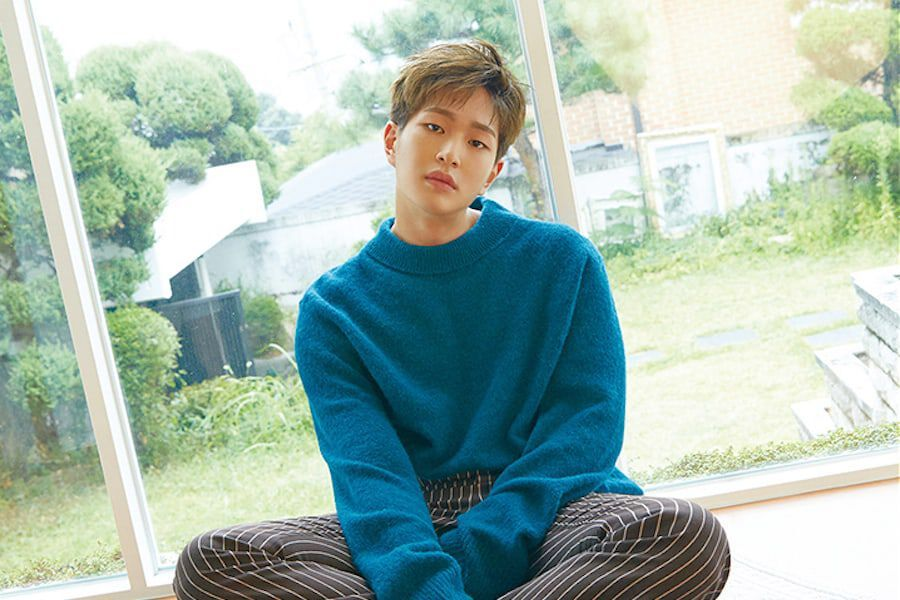 """SHINee's Onew Tops iTunes Album Charts As His """"Voice"""" Is Heard"""