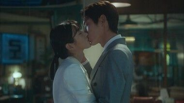 Lawless Lawyer Episode 6