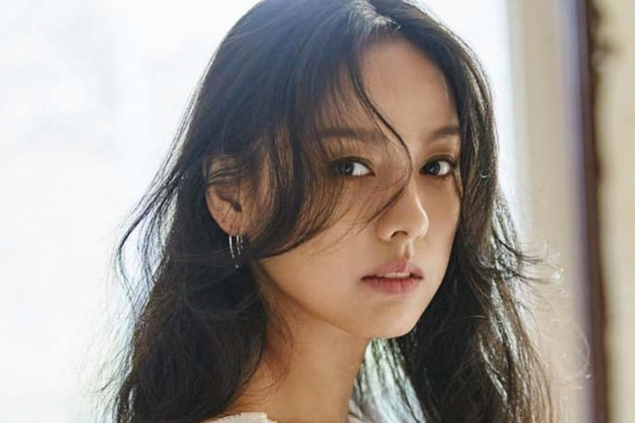 Lee Hyori Tears Up After Fan Apologizes For Cursing At Her In The Past