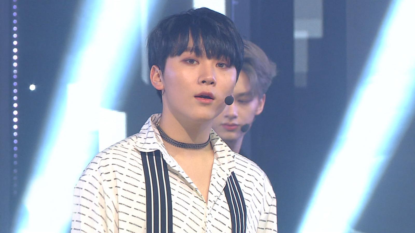 SBS Inkigayo Episode 989