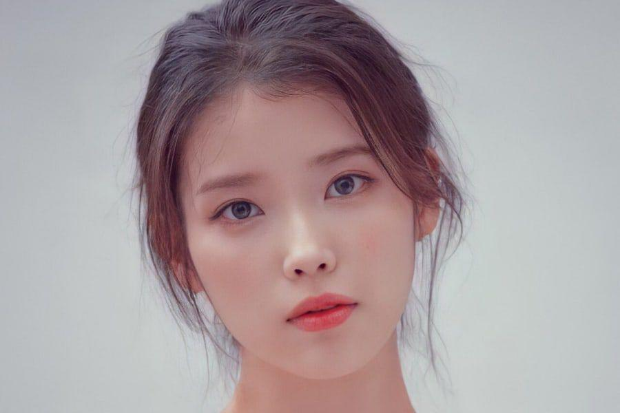 """IU Makes Generous Donations To Commemorate Release Of Her New Album """"LILAC"""""""