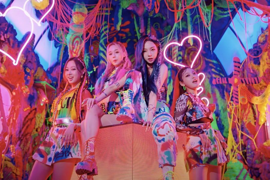 "Watch: SM's New Girl Group aespa Makes Grand Debut With Colorful Yet Fierce ""Black Mamba"" MV"