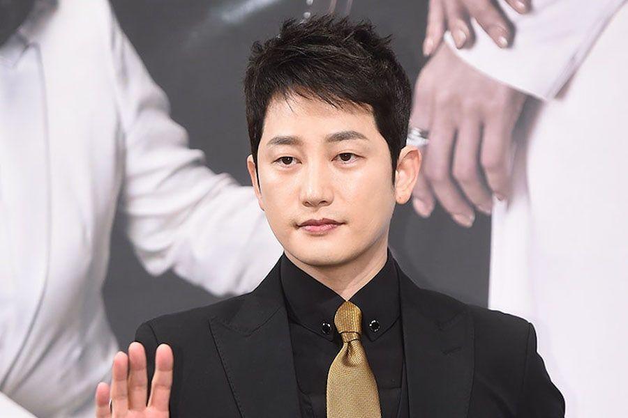 Park Shi Hoo en conversaciones para protagonizar un nuevo drama histórico