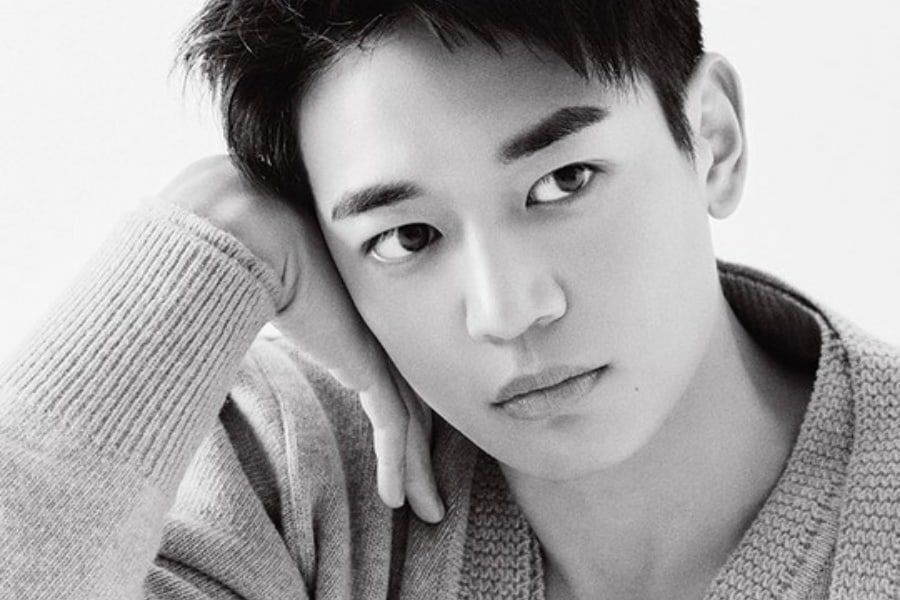 "SHINee's Minho To Be Special MC On ""My Ugly Duckling,"" His 1st Variety Show Appearance Since Return From Military"