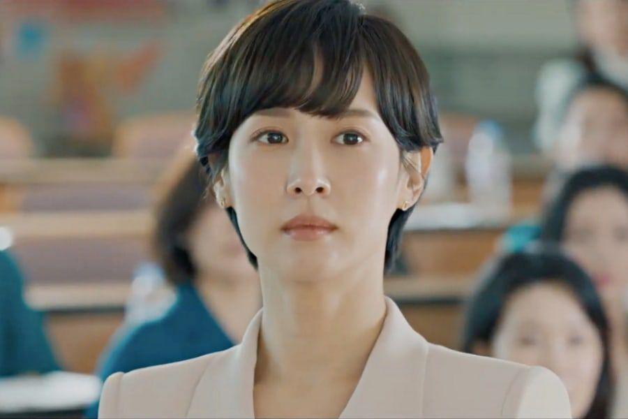 """Watch: Jo Yeo Jeong Is Framed For Her Husband's Murder In Teasers For New Drama """"High Class"""""""