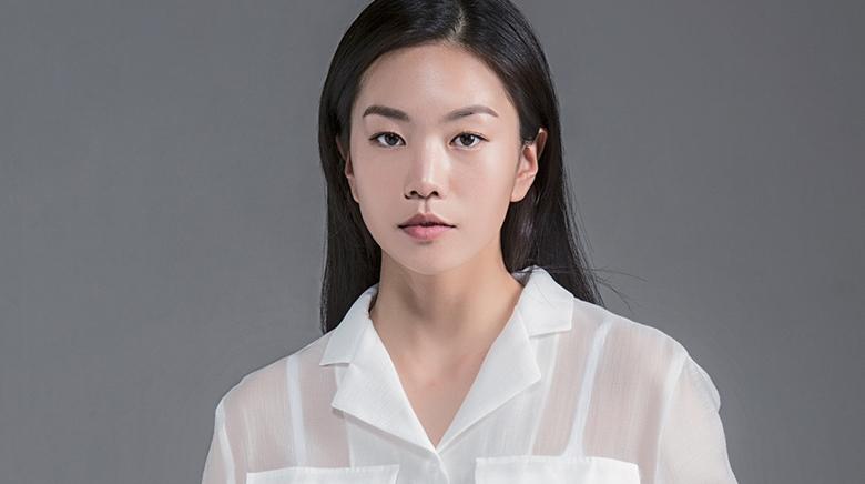 Lee Seol