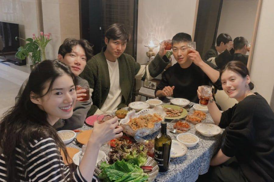 """""""The King: Eternal Monarch"""" Cast Reunites And Shows Close Friendship"""